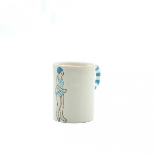 Mavi Yüzücü Kadın Kupa